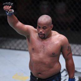 От олимпийского изгоя до легенды UFC: замечательный второй акт Даниэля Кормье