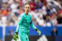 Капитаны голландского футбола бойкотируют телешоу из-за расистских высказываний