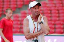 Себастьян Коу приказывает спортсменам разорвать все связи с Альберто Салазаром