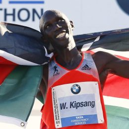 Победителю лондонского марафона Уилсону Кипсангу грозит антидопинговое расследование