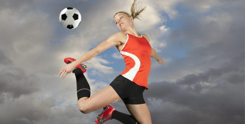 ФИФА заявляет, что инвестиции в женский футбол не будут сокращены