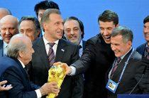 Бывшие руководители Fox не признают себя виновными в подкупе Fifa