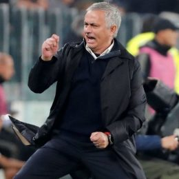 «Команда В» Манчестер Сити ближе к титулу, чем «Юнайтед», говорит Жозе Моуринью