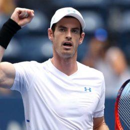 Энди Мюррей побеждает Тенниса Сэндгрена и одерживает первую победу в Туре с момента своего возвращения