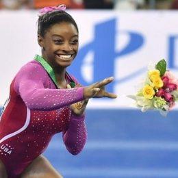 Симона Байлс выиграла ещё два золота и установила рекорд чемпионата мира